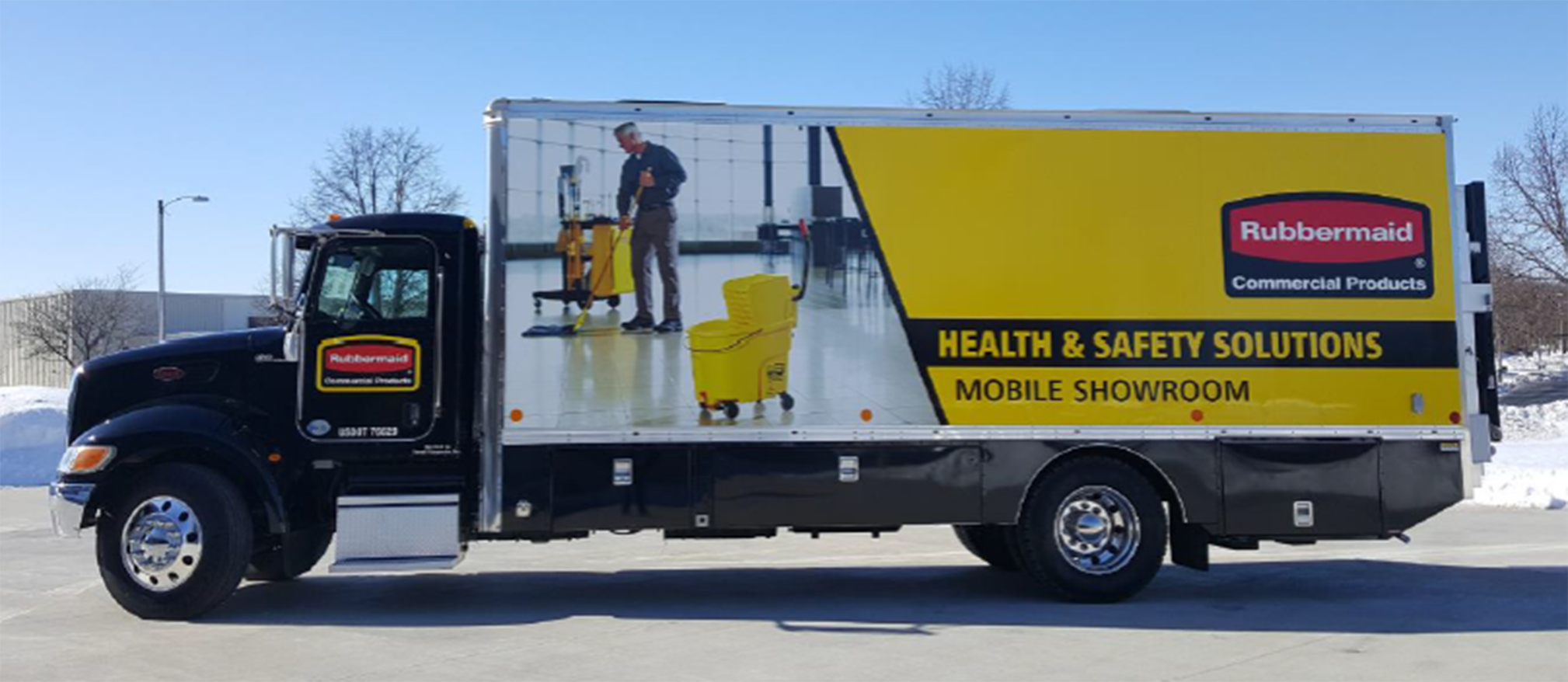 Rubbermaid Mobile Truck